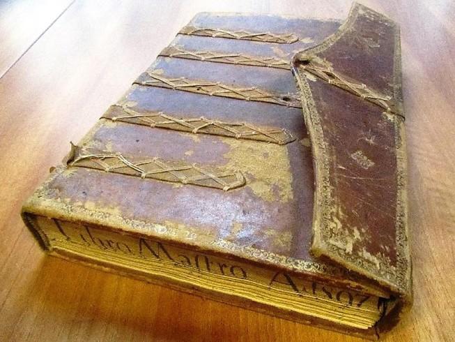 Libro mastro della Confraternita del Gonfalone