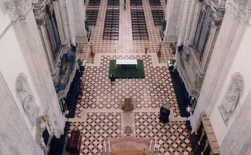 L'area presbiteriale vista dall'alto
