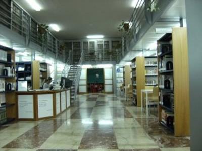 interno biblioteca 1