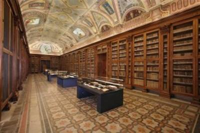 grande sala della biblioteca