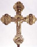 Bott. abruzzese sec. XIV, Croce processionale con angelo riverso