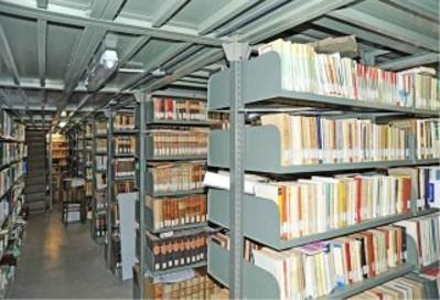 Il deposito della sala di lettura con le monografie