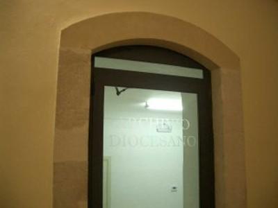 Particolare porta di ingresso interno