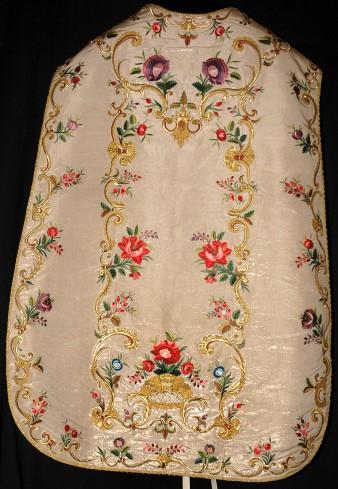 Manifattura ligure sec. XVIII, Pianeta bianca con fiori