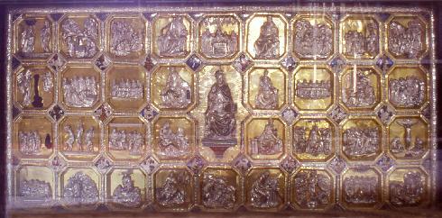 L'antependium di Teramo, paliotto d'argento dorato per l'altare maggiore della Cattedrale, opera di Nicola da Guardiagrele (1433 – 1448)
