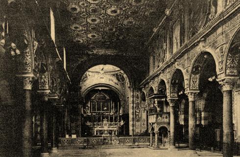 Interno della cattedrale 1940 circa ( da G. De Monaco, G.Zarone, La cattedrale di Teano, Marigliano (Napoli) 1977.