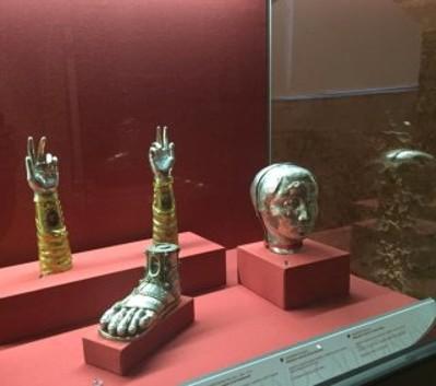 Reliquiari antropomorfi