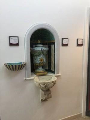 Sacrestia cappella neogotica: Lavabo
