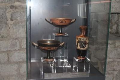 sala archeologica (una vetrina)