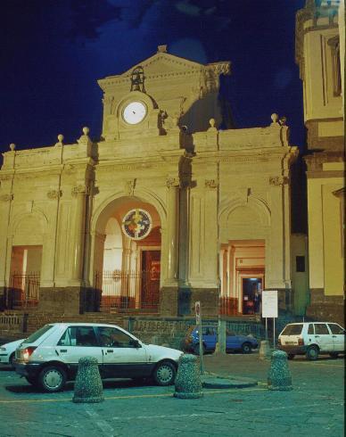 La facciata principale della Chiesa di Santa   Maria Assunta a Castellamare di Stabia