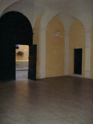 Atrio Palazzo dei Cadetti (poi Palazzo vescovile) - ingresso archivio
