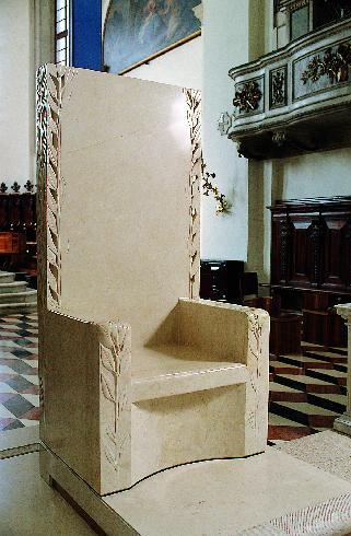 La cattedra  episcopale di G. Vangi