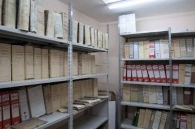 Scaffali e documenti