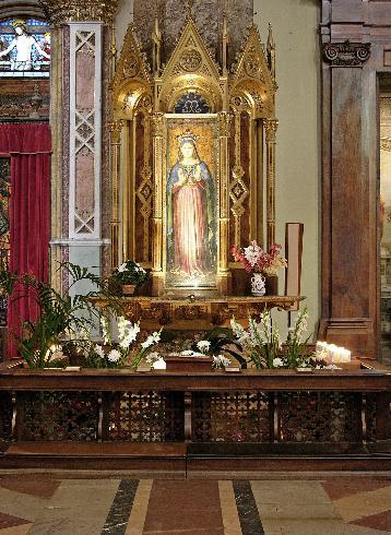 L'altare della Madonna delle Grazie