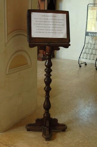 Bott. lucana sec. XIX, Leggio in legno