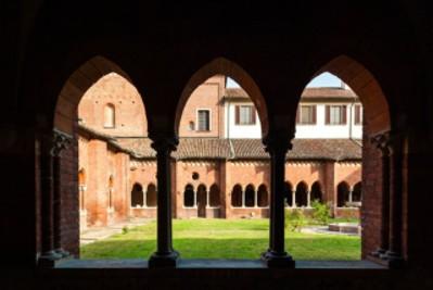 Chiostro del monastero di Chiaravalle