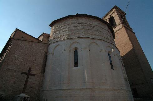 L'abside e il campanile della cattedrale di San Venanzio a Fabriano