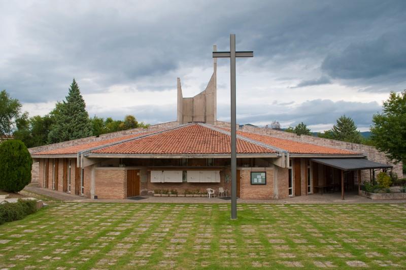 Chiesa della Sacra Famiglia di Nazareth <Fabriano>