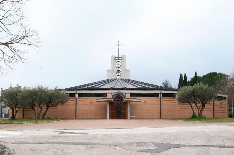 Chiesa di Regina Pacis <Matelica>