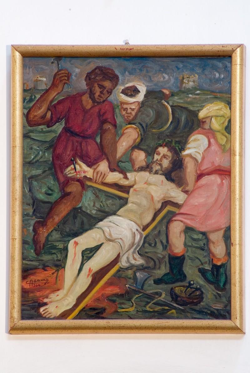 Adamo C. (1964), Gesù Cristo inchiodato alla croce in olio su tavola