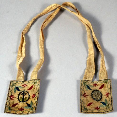 Bott. emiliana (1783), Scapolare