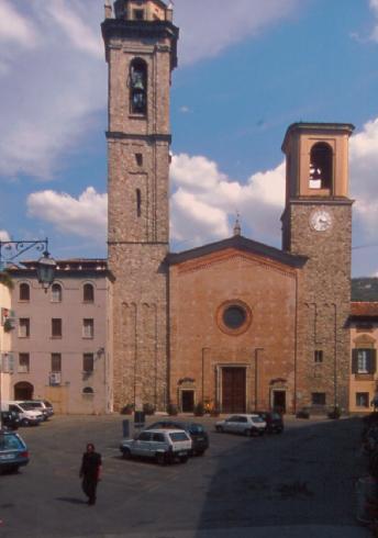 La facciata principale della Chiesa di Santa Maria Assunta  a Bobbio