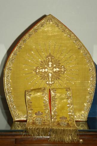 Manifattura campana sec. XIX, Mitra