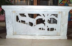 Adani C. (1946-49), Balaustra dell'altare della Madonna dell'Aiuto 1/3