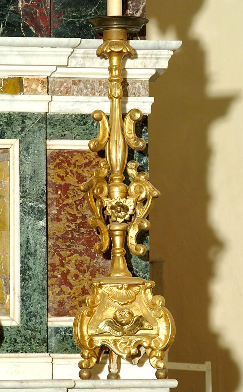 Bottega siciliana sec. XX, Candeliere d'altare con intagli floreali 8/17