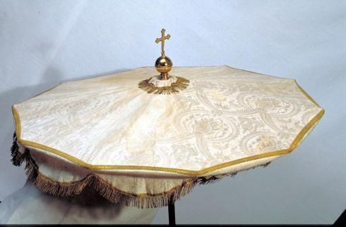 Manif. marchigiana sec. XX, Ombrellino processionale