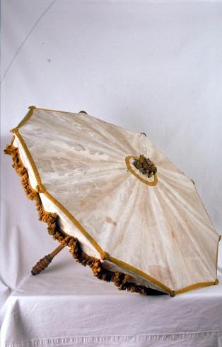Manif. marchigiana primo quarto sec. XX, Ombrellino processionale