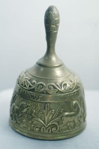 Bott. abruzzese sec. XX, Campanello con simboli dei quattro Evangelisti
