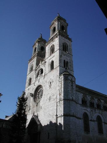 La facciata della cattedrale di Santa  Maria Assunta ad Altamura