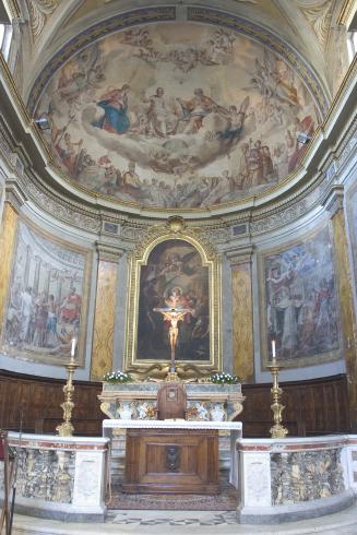 L'area presbiterale prima dell'adeguamento liturgico