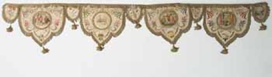 Manif. italiana sec. XIX, Fascia con quattro lambrecchini figurati 1/2
