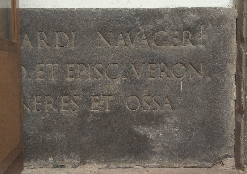 "Bott. Italia sett. (1565), Lapide ""BERNARDI NAVAGERI"""