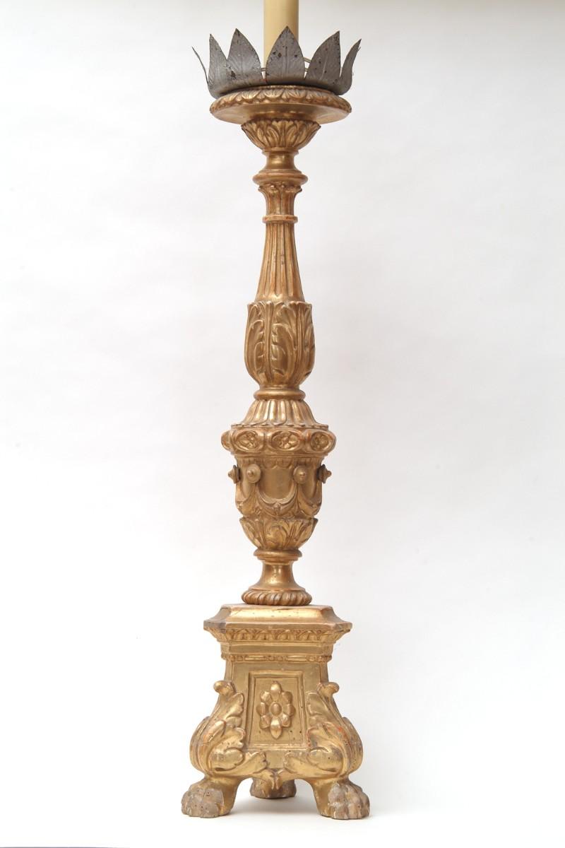 Artigianato veronese sec. XIX, Candeliere d'altare con drappi cm 85 1/6