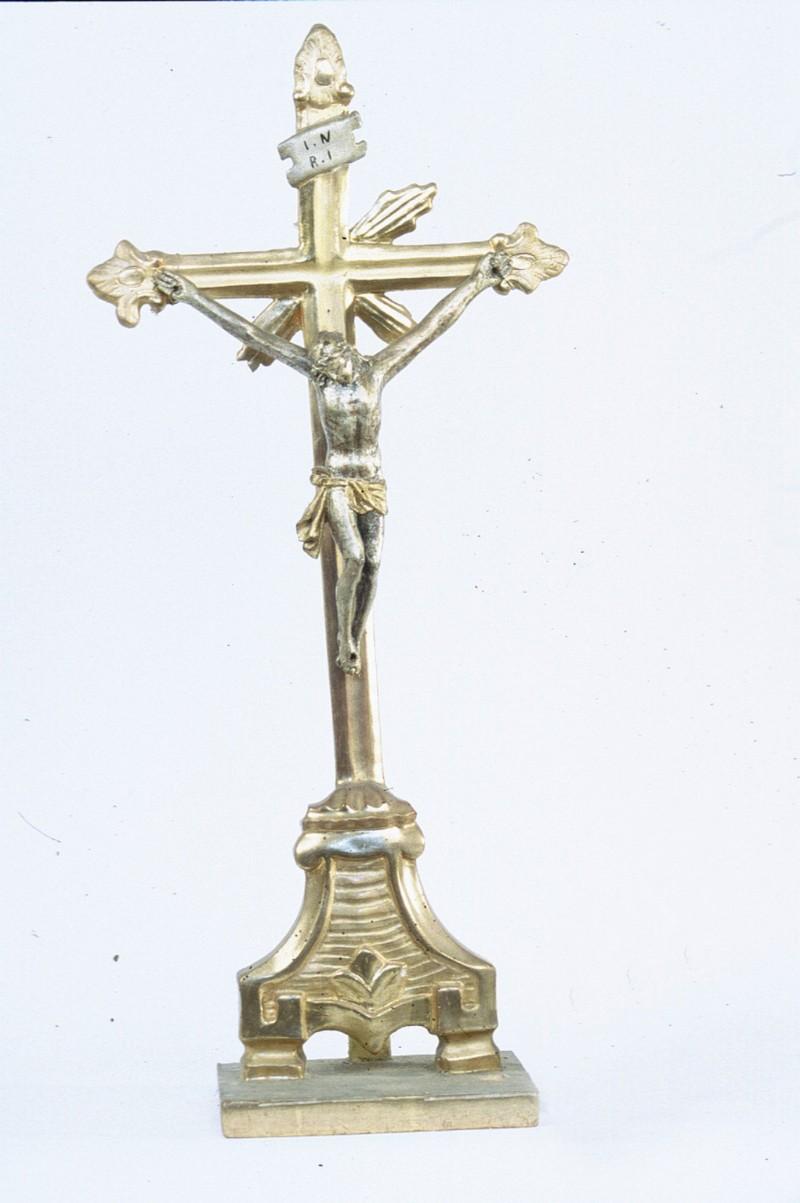 Ambito piemontese sec. XIX, Croce d'altare argentata e dorata h. 71