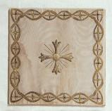 Manif. italiana sec. XIX, Borsa bianca con croce ricamata