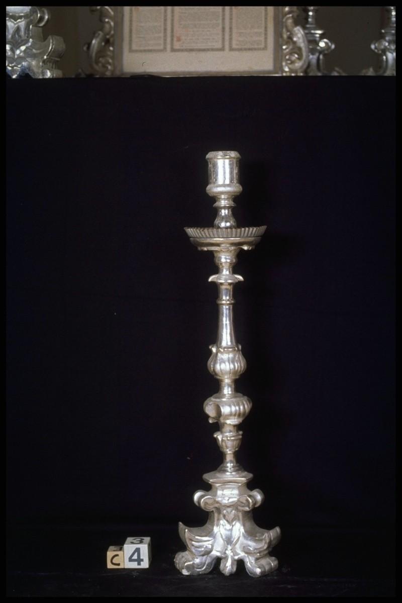 Ambito parmense sec. XVIII, Candeliere di legno