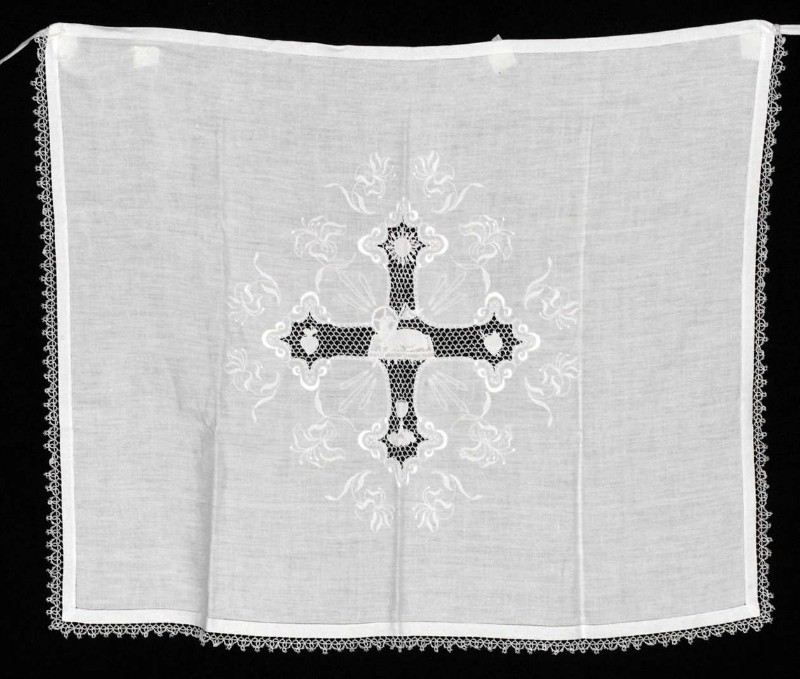 Ambito lombardo sec. XIX-XX, Amitto