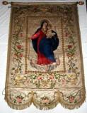 Manifattura lombarda sec. XIX, Stendardo con Madonna con Gesù e Santo Stefano