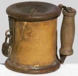Ambito lombardo sec. XIX, Bussolotto per elemosine in legno tornito