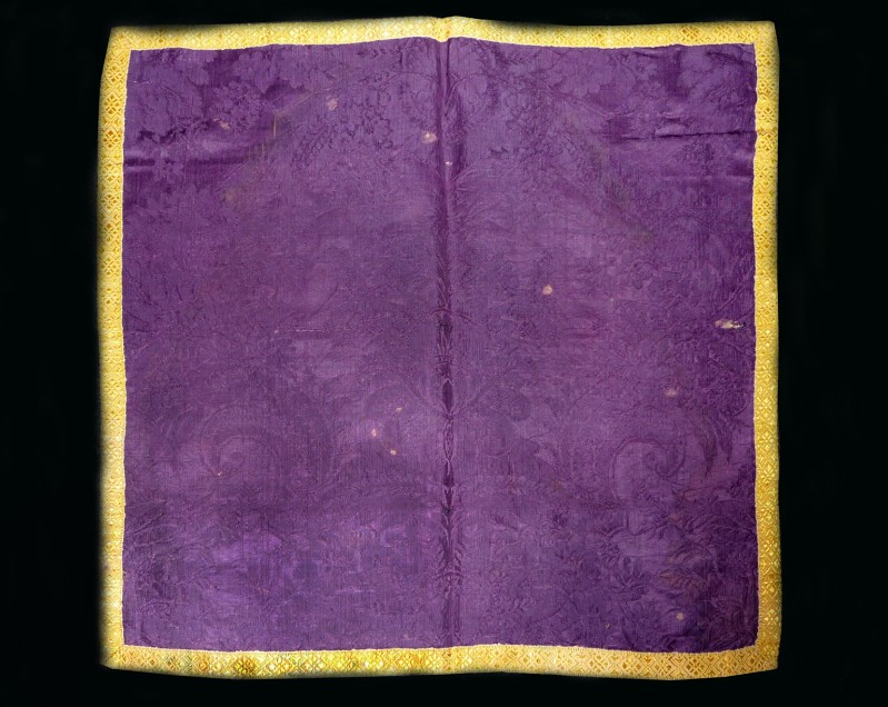Manifattura ligure sec. XIX, Velo di calice in damasco viola