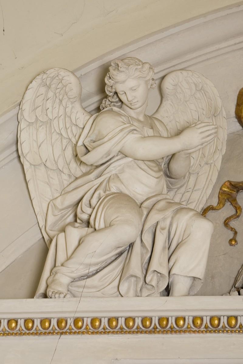 Ballanti Graziani G. B. (1810), Scultura di angelo di sinistra