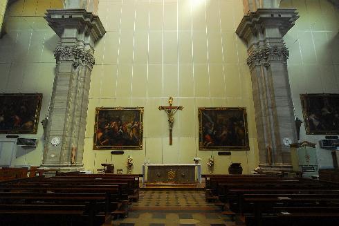 Lo spazio celebrativo durante i lavori di restauro