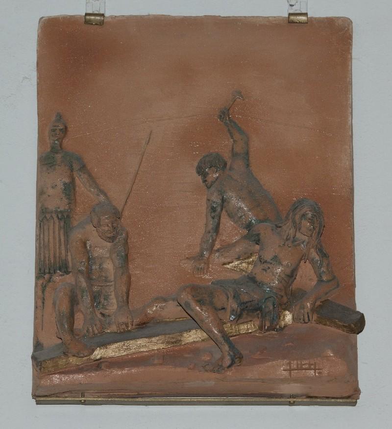 Ambito toscano sec. XX, Via Crucis di Gesù inchiodato alla croce