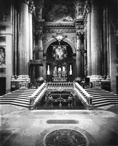 Il presbiterio post 1905