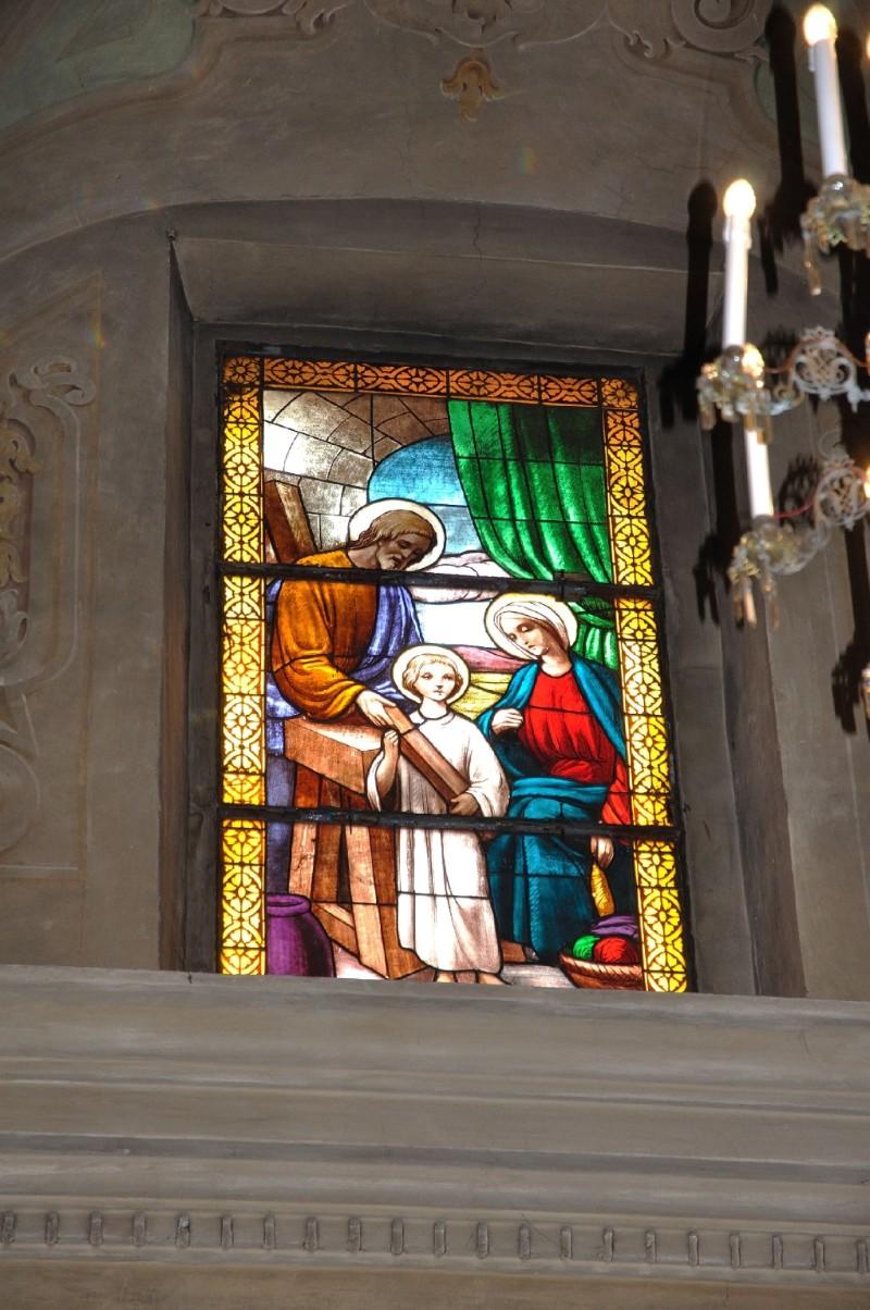 Albertella M. (1958), Vetrata raffigurante la Sacra Famiglia