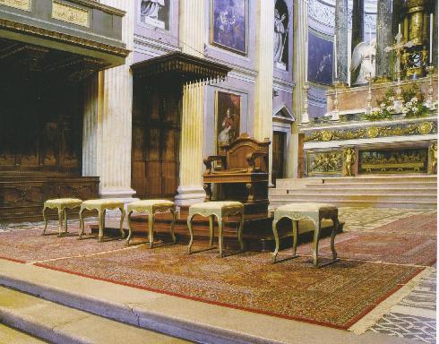 La cattedra del vescovo mons. L. Fornara